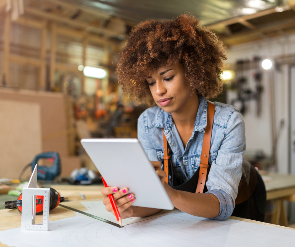 Tu lances ton activité ou aimerais te simplifier ton quotidien d'entrepreneure? Voici quelques logiciels pour les auto-entrepreneurs qui vont te changer la vie!